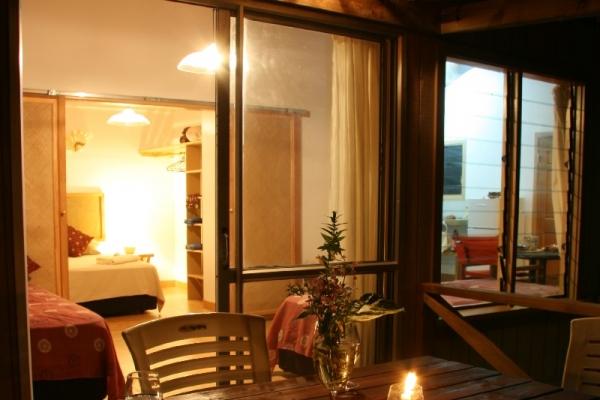 family-room-13E2C5191-E9E3-B847-EB24-D6EF434257D8.jpg